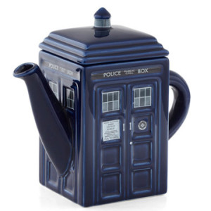 Geek Home - Tardis Tea Pot