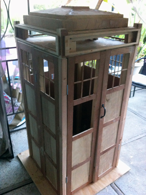 TARDIS Cabinet - DIY Doctor Who