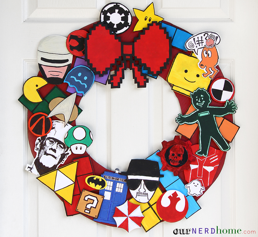DIY Geek Home Decor: Fandom Holiday Wreath