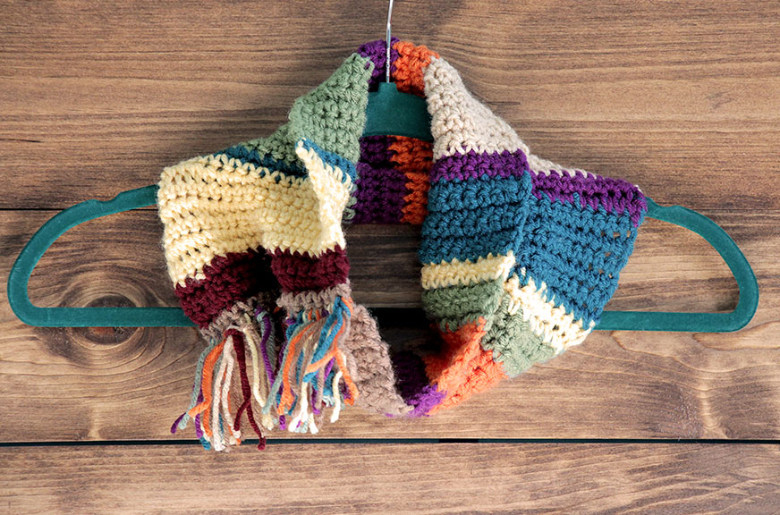 DIY Geek Gift: Tom Baker / Doctor Who Infinity Scarf or Cowl