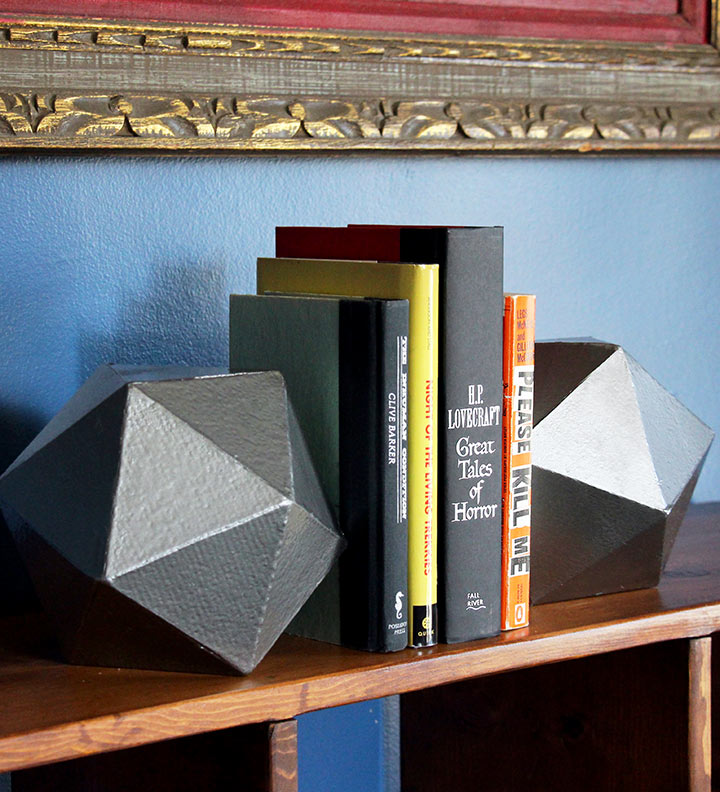 Geek Decor: Giant DIY D20 Bookends