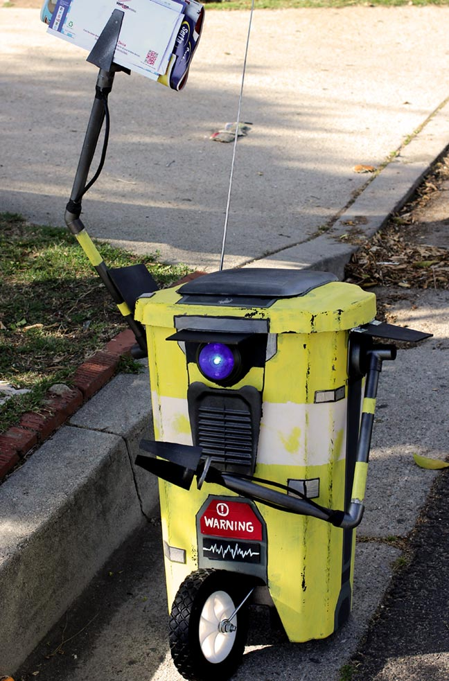 DIY Borderlands 2 Claptrap