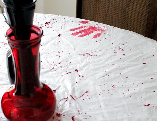 DIY Blood splatter tablecloth