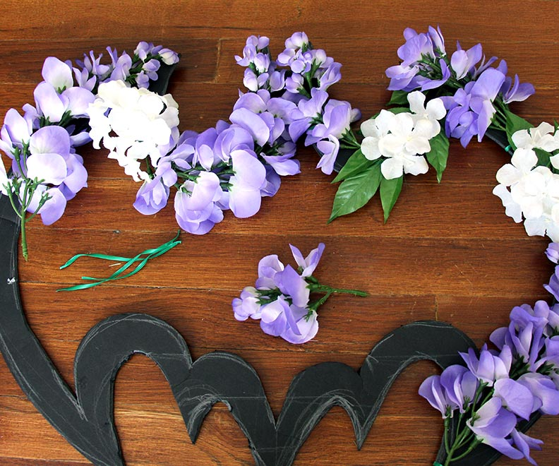 DIY Batman Wreath - Geek Decor